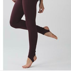 Lululemon wonder under stirrup legging